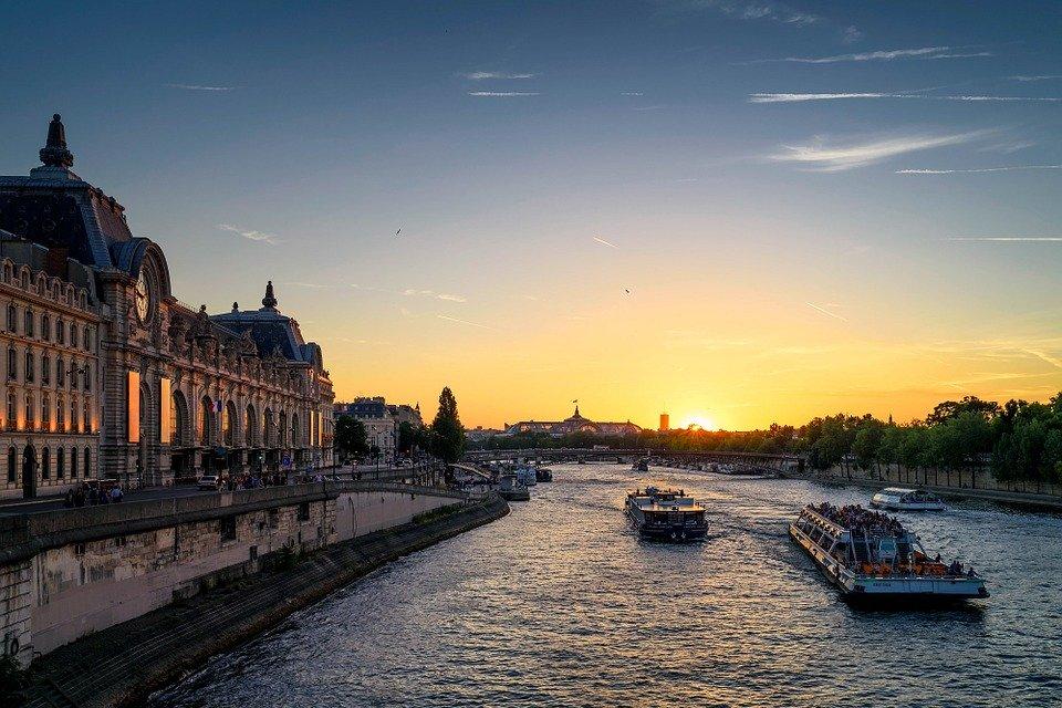 Comment vendre un bien immobilier à Paris après héritage?