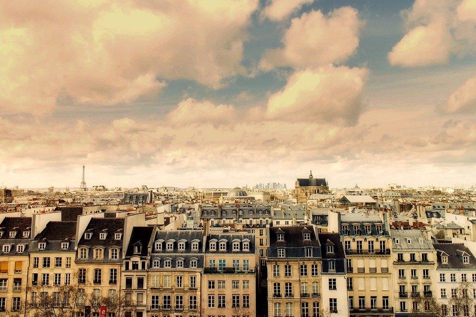 Comment vendre un bien immobilier à Paris sans passer par une agence ?